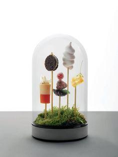 Cloche / Globe - Mini spring desserts (from Andre restaurant  in Singapore).