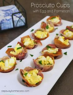 These low carb prosciutto cups are filled with a delicious egg and Parmesan mixture! Great for serving as an appetizer or a snack! Best Low Carb Recipes, Low Sugar Recipes, No Sugar Foods, Keto Recipes, Low Carb Blog, Low Carb Diet, Brunch Recipes, Appetizer Recipes, Egg Bites Recipe