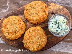 Karbanátky z celeru Low Carb Recipes, Vegetarian Recipes, Cooking Recipes, Healthy Recipes, Nutrition Guide, Main Meals, Good Food, Paleo, Food And Drink