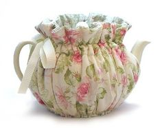 Frivolous Fabulous - Cottage Rose Tea Cozy