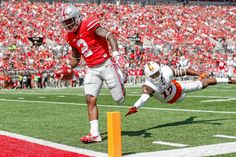Barrett of the Ohio State Buckeyes throws a pass during the game against the Bowling Green Falcons on September 2016 at Ohio Stadium in Columbus, Ohio. Get premium, high resolution news photos at Getty Images Ncaa College Football, Ohio State Football, Ohio State University, Ohio State Buckeyes, Ohio Stadium, Freshman Year, Tennessee, Wilson College, Sports