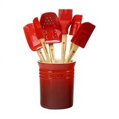 Always be prepared in the kitchen with this 7 piece spatula set!. Would love in the all white :)