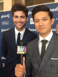 LGBTHollywood: We are OFFICIALLY smitten @MatthewDaddario @HarryShumJr #MatthewDaddario #HarryShumJr #glaadawards