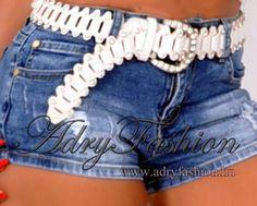 Fehér színű  köves női öv Denim Shorts, Women, Fashion, Moda, Fashion Styles, Fashion Illustrations, Woman, Jean Shorts