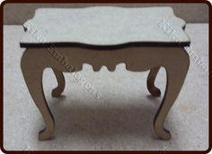R$3,20 Mini mesa Vintage  Tamanho:  7(largura) X 4 (altura)