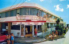 Vintage Hotels, Vintage Travel, Vacation Trips, Vacations, David Hill, Hotel Motel, Old Florida, Daytona Beach, Modern Buildings