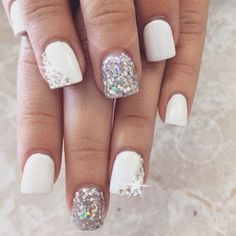 White & Sparkles. Nail Art