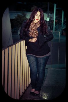 Love this whole look! Need animal print scarf! #plussize