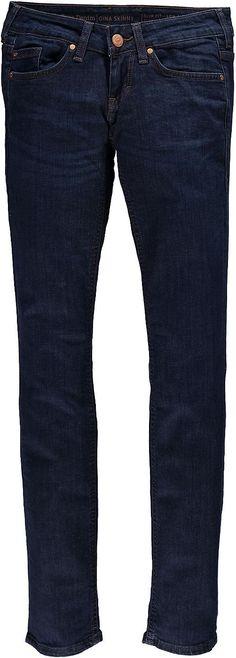 Junge, feminine 5-Pocket-Jeans mit eng verlaufendem Bein und niedriger Leibhöhe. In einer leichteren Denim-Qualität mit schwachen Used-Effekten. 98 % Baumwolle, 2 % Elasthan....