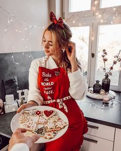 Looking for for inspiration for christmas inspiration?Navigate here for unique Christmas ideas.May the season bring you happy memories. Christmas Couple, Christmas Mood, Christmas Pictures, Xmas, Christmas Pajamas, Christmas Fashion, Instagram Design, Foto Instagram, Instagram Lifestyle