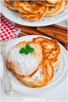 Vegetarian Recipes, Snack Recipes, Snacks, Camembert Cheese, French Toast, Food And Drink, Eat, Breakfast, Ethnic Recipes