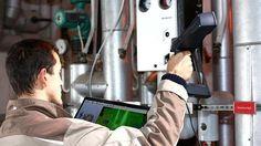 Los arquitectos e ingenieros ya no tendrán que pasar horas analizando punto por punto la estructura de un proyecto con incómodos e imprecisos sistemas de medición. Faro Technologies, una empresa especializada en tecnología de medición 3D, ha lanzado al mercado un nuevo escáner láser portátil que facilitará el trabajo diario de muchos de estos trabajadores.