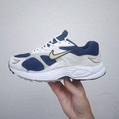 """eb90f40d54280 𝘧𝘧𝘪 𝘣𝘰𝘯𝘢𝘤𝘤𝘪 🇫🇷 on Instagram  """"🚷sold vendu l🚷 - Nike Air    2001 size  us10 uk7.5 eur42 cm27 no OG box DM for more info  deadstock   nikevintage ..."""
