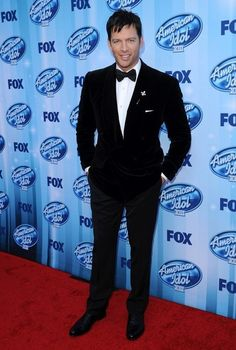 Harry Connick, Jr. at the 'American Idol' Season Finale. #suits