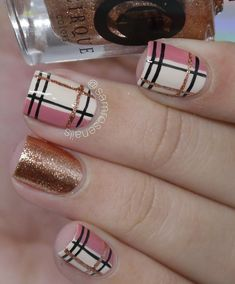 Plaid design is almost always worn, and each year this design finds its place in the fashion industry. Plaid design is almost always worn, and each year this design finds its place in the fashion industry. New Nail Art, Fall Nail Art, Nail Art Diy, Diy Nails, Cute Nails, Pretty Nails, Chrime Nails, Nails 2018, Autumn Nails