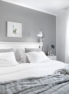 5 Respected Clever Tips: Minimalist Living Room Diy Interior Design minimalist home organization articles.Minimalist Home Organization Articles minimalist bedroom brown products.Minimalist Home Style Modern. Bedroom Ideas For Teen Girls, Small Bedroom Ideas On A Budget, Small Bedroom Designs, Budget Bedroom, Design Bedroom, Narrow Bedroom Ideas, Small Apartment Bedrooms, Small Apartments, Small Spaces