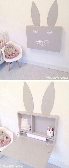 Раскладной столик в детской / Детская комната / ВТОРАЯ УЛИЦА