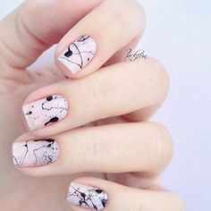 Follow @naildeck on Instagram for more nail art ideas!