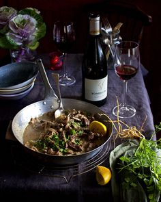 Steak and kidney pie the easy way – Melkkos & Merlot One Pot Dishes, Beef Dishes, South African Recipes, Ethnic Recipes, Steak And Kidney Pie, Stuffed Mushrooms, Stuffed Peppers, Strip Steak, Beef Stroganoff