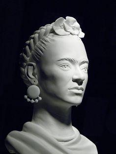Frida Kahlo sculpture by Nijel Binns