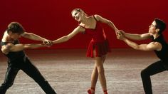 Every balletomane's fave recent ballet movie, Center Stage. Soooo much better than Black Swan ;-)