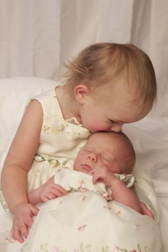 My sister has two of the most precious babies and they are a joy to photograph <3