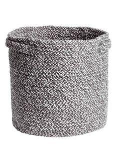 H&M Home : notre sélection déco à moins de 40 € - Elle Décoration Grand Vase En Verre, H & M Home, Workspace Inspiration, Home Gadgets, Basket Decoration, Organization Hacks, Storage Baskets, Home And Living, Living Room