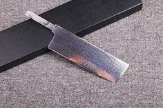A Nakiri knife when translated literally means vegetable chopper. Na means vegetable and Kiri means chopper (Kiri is also my wifes name). - Vegetable Chopper - Ideas of Vegetable Chopper Vegetable Chopper, Vegetable Slicer, Japanese Chef, Wood Resin, Buy Kitchen, Chef Knife, Knife Sets, Knife Making, Kitchen Knives