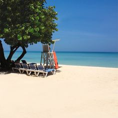 Begin your week at the beach! #Negril #Jamaica