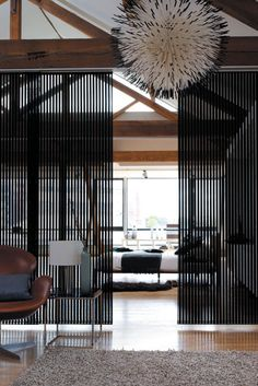 anel-glide system in Bali Black, from Vertilux.         Photographs by: Prue Ruscoe, Sharyn Cairns and Sam McAdam.