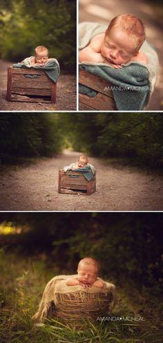 www.amandamcnealphotography.com Nashville Newborn Photographer Outdoor Newborn Photography