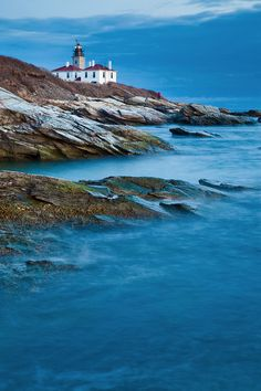 Beavertail Lighthouse at Dusk | Rhode Island (by Chris Lazzery)
