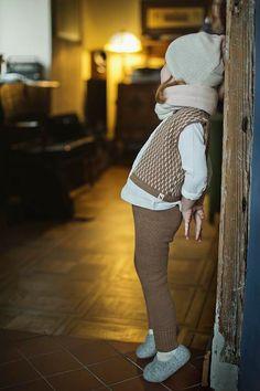 Dash pattern vest / Baby alpaca wool vest / camel / by Ingugu