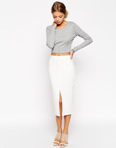 Discover midi skirts with ASOS. Shop from a range of pleated, A-line skirts, calf length skirts and other midi skirt styles. Shop today at ASOS. New Fashion, Fashion Outfits, Fashion Online, Asos Fashion, Fashion Styles, Dress Fashion, Bodycon Midi Skirt, Asos Skirts, Models