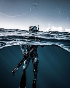 Diving Quotes The Beach Diving Pose Water Underwater Photos, Underwater World, Underwater Photography, Bass Fishing Shirts, Fishing Shop, Trout Fishing, Kayak Fishing, Spear Fishing, Diving Quotes