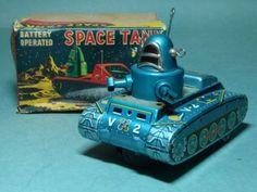 RARE KO JAPAN TIN BAT OP ROBBY ROBOT SPACE TANK NMIB
