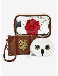 Harry Potter Hogwarts Letter Cosmetic Bag Set - BoxLunch Exclusive,
