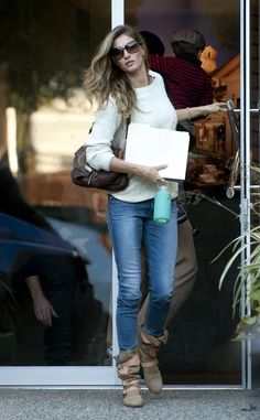 Gisele Bundchen seen out and about yesterday wearing the Vivienne Westwood Pirate Boot. #VivienneWestwood