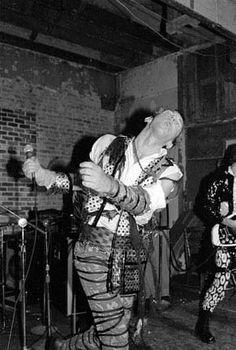 weirdos DESCRIPTION: John Denny, Weirdos, at the Mabuhay