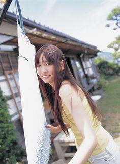 新垣結衣 ガッキー Aragaki Yui Vietnam Girl, Celebrity Faces, Japan Fashion, The Girl Who, Japanese Girl, Cute Girls, Pin Up, Beautiful Women, Aragaki Yui