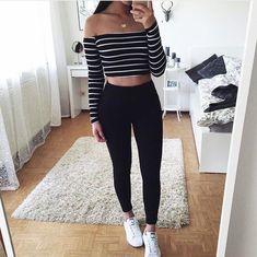 Celebrate this fall by sporting trendy school outfits that are cool as well as comfortable. Ace the retro look with our stunning collection of fall school outfits. Legging Outfits, Outfit Jeans, Leggings Fashion, Converse Outfits, Teenage Outfits, Outfits For Teens, Fall Outfits, Grunge Outfits, Cute Easy Outfits For School