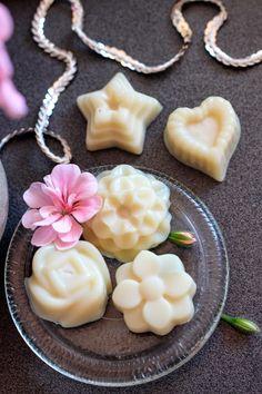 Bit Square Blog | Style, DIY, Refashioning, Jewellery: White Chocolate Bath Melts