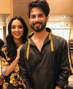 Handsome Celebrities, Whatsapp Dp Images, Lights Camera Action, Shahid Kapoor, Kiara Advani, Baby Quotes, Love You So Much, Beard Styles, Bollywood
