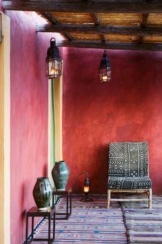 Cultured Home --- Fabio House, Sicily, Italy (photographer Adriano Bacchella)