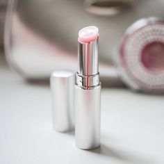 Plump lips without fillers, needles or pain. Our award-winning plumping lip balm gives luscious lips without needing to have any fillers or go through any pain. Click through to purchase! Nu Skin, Lip Plumping Balm, Lip Balm, Lip Plumber, Dark Eye Circles, Big Lips, Full Lips, Makeup Obsession, Beauty Box