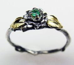 The Rose Ring (Children's Edition) want this in size 6 with peridot for the stone...someone tell Arron ;)