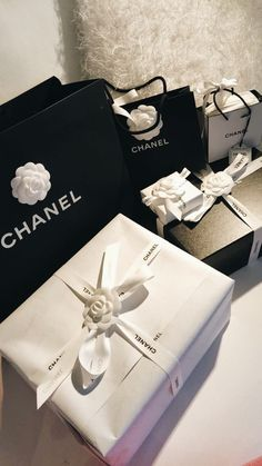 Boujee Lifestyle, Luxury Lifestyle Fashion, Birthday Goals, Classy Aesthetic, Luxe Life, Luxury Shop, Rich Girl, Cool Things To Buy, Chanel
