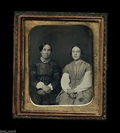 1/6 c1850 Daguerreotype Photo of a Mother and Daughter