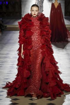 Tony Ward Couture Falll Winter 2017 Collection in Paris