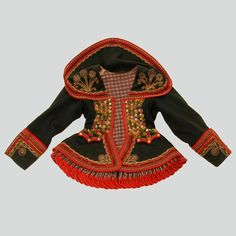 Historical example, end of 19th century © Ethnographic Museum of Kraków  http://lelapolela.blogspot.com/2014/06/lachy-sadeckie-costume-guide-to-polish.html